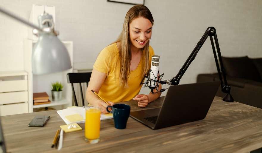 Por que investir em Podcast no Facebook?