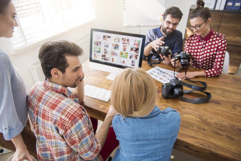 Pessoas unindo a paixão pela fotografia com os seus negócios
